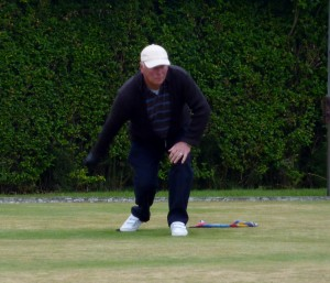 In the triples final ,was Barry Dunn ,Ray Finlow ,Bernal Robson .who played for Phoenix A-Against the Nev Ward and S ward ,rona.Nev won the final 21/14