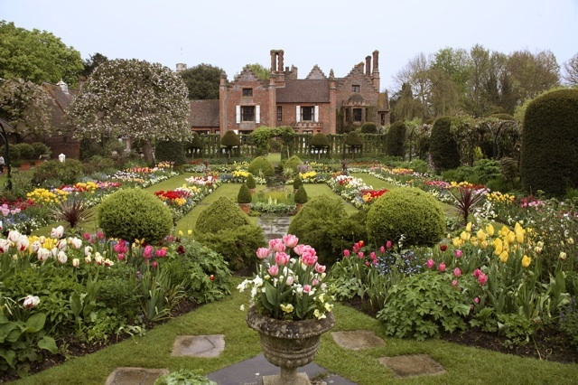 Prime Outing To Plant Fair At Chenies Manor House And Gardens July Download Free Architecture Designs Rallybritishbridgeorg